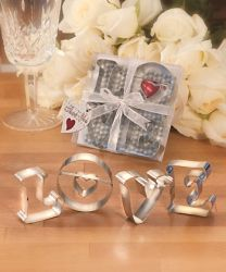 KITCHEN-LOVE-COOKIE-CUTTERS-SM